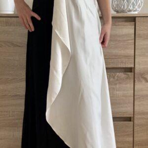 Černobílé plesové šaty