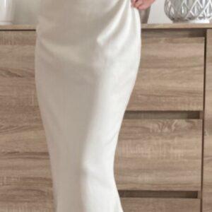 Dlouhé bílé šaty