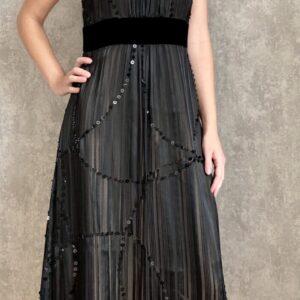 Černé šaty č. 105
