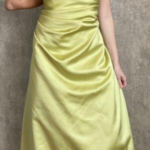 Limetkově zelené dlouhé šaty