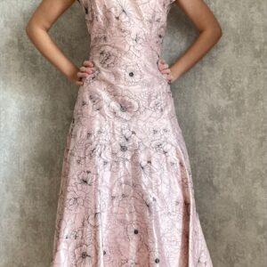 Růžové šaty č. 101