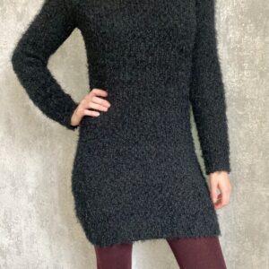 Dlouhý chlupatý černý svetr č.26