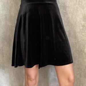 Černá semišová sukně