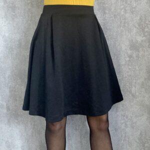 Černá áčková sukně TERRANOVA